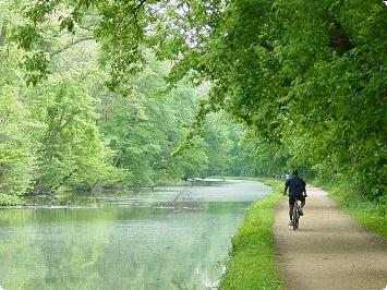 canal bicyclist - Spring 2004